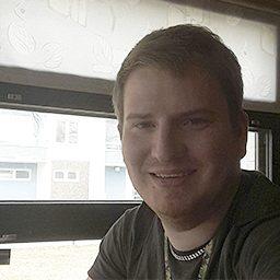 Kuvassa on Juha-Matti Jaakkolan kasvokuva.