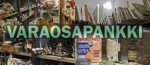 Kuvassa on Varaosapankin hyllyjä, vanhoja ikkunoita ja esineitä.