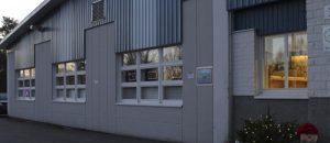 Kuvassa on Merikarvian nuorisotilan rakennus ulkoapäin.