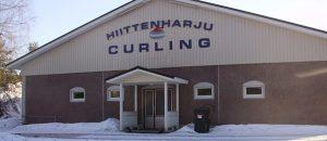 Kuvassa on Curling hallin rakennus ulkoapäin.